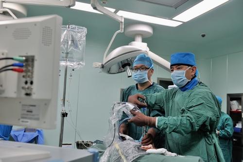 青岛海慈医疗集团 临床治疗椎间盘突出症的新疗法