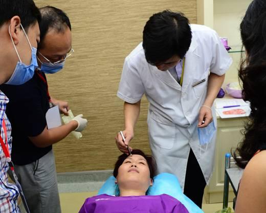 青岛博士召开botox医生授证培训会议